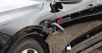 samochodów elektrycznych
